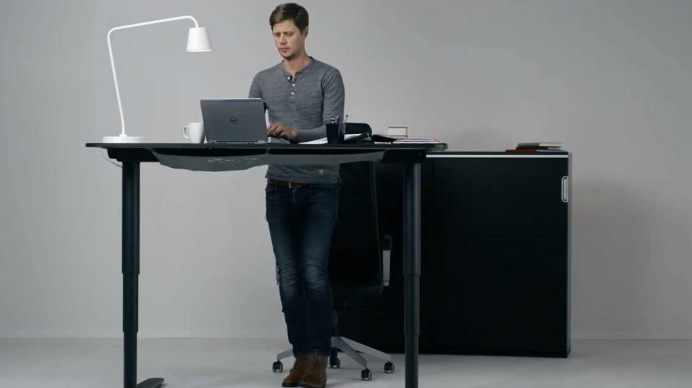this-ad-for-ikeas-new-standing-desk-makes-work-look-so-easy